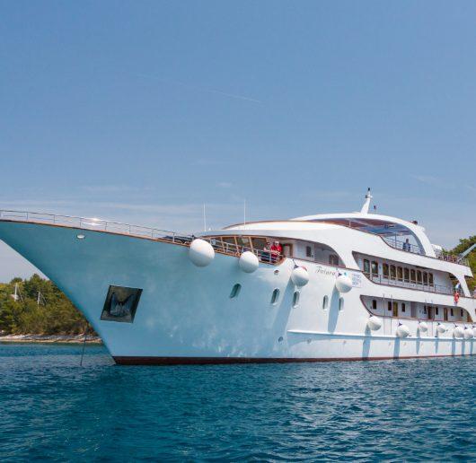 Mini Coast Split - Dubrovnik Cruise